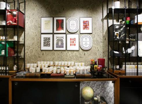 Interno negozio Diptyque a Milano