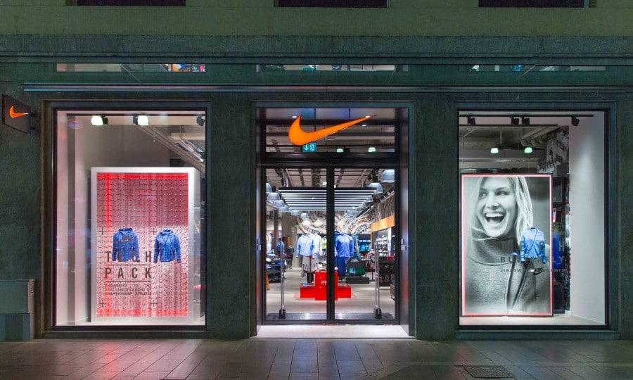 Nike Store Milano via Torino