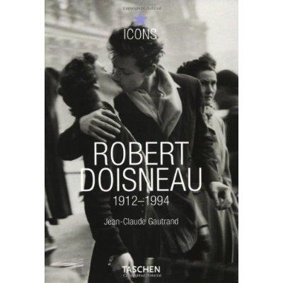 Robert Doisneau fotografia bacio bianco nero, libro